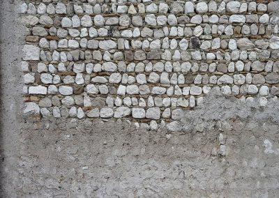 Muro: sassi, vicino al fiume Tagliamento, Friuli